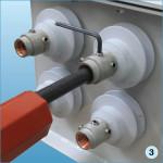 Защищенный конец ППС вставить впроходной изолятор изатянуть винты при помощи торцевого ключа-шестигранника